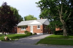 Real Estate Listing  85 Admiral Rd Ajax